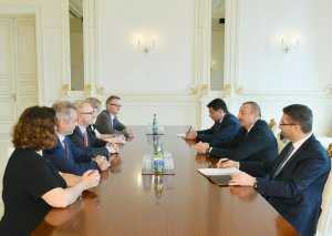Prezident İlham Əliyev Almaniya Bundestaqının nümayəndə heyətini qəbul edib