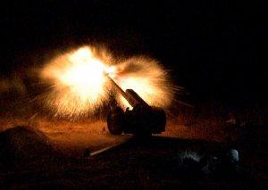 Təlimlərin gecə vaxtı döyüş atışlı mərhələsi keçirilib