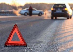Goranboyda avtomobil piyadanı vurub