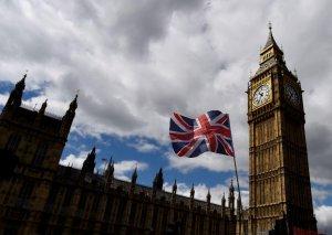 Britaniyanın baş naziri vəzifəsi üçün 10 namizəd mübarizə aparacaq