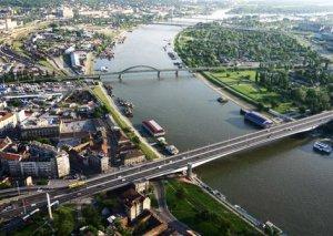 XİN: Serbiya Rusiya və ABŞ sammitinə ev sahibliyi etməyə hazırdır