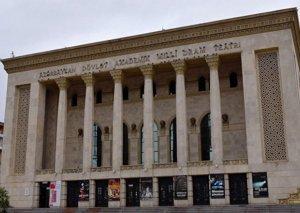 """Milli Dram Teatrında yeni hazırlanan """"Dəli yığıncağı"""" tamaşası nümayiş olunub"""