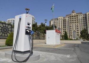 """""""Azpetrol"""" şirkəti elektromobillərin enerji ilə doldurulmasında da liderlik edir"""