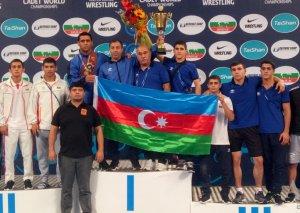 Güləşçilərimiz Dünya çempionatında iki medal qazanıb