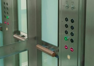 İlin sonuna kimi Bakıda 542 yeni lift quraşdırılacaq
