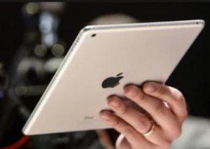 """""""Apple"""" yeni """"iPad"""" modelini təqdim edib"""