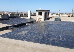 Xəzər rayonunda çoxmənzilli binaların dam örtüyünün dəyişdirilməsinə başlanılıb