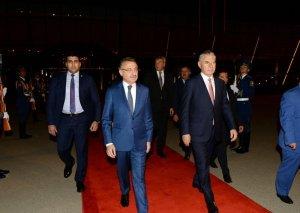 Türkiyənin Vitse-prezidentinin Azərbaycana rəsmi səfəri başa çatıb