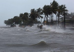 """Meksika sahillərində """"Lorena"""" qasırğası formalaşıb"""