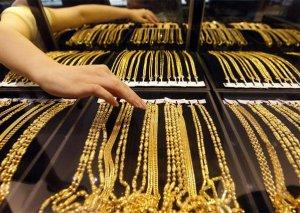 Ölkədə qızıl-gümüş bazarında ucuzlaşma var