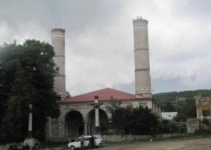 """Yuxarı Gövhər ağa məscidini """"fars məscidi"""" elan etməklə Ermənistan tarixi saxtalaşdırır -"""