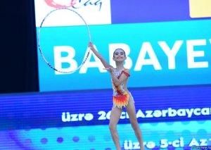 Bədii gimnastika üzrə 26-cı Azərbaycan və Bakı birinciliyinə start verilib