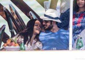 Rihanna ərəb sevgilisindən uşaq istəyir