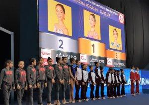 Bədii gimnastika üzrə 26-cı Azərbaycan və Bakı birinciliyinin qaliblərinin mükafatlandırma mərasimi keçirilib