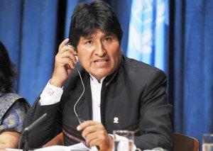 Evo Morales təyyarə ilə Meksikaya gedib
