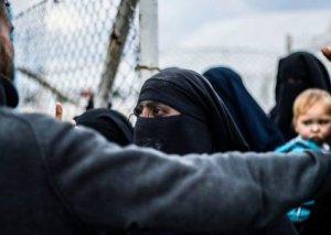 Dünyanı təhdid edən İŞİD-çi qadınlar
