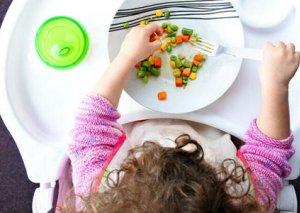 Uşaqların inkişafı üçün lazım olan 10 qida