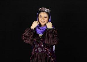 """Elnarə """"Qarabağ atları""""na mahnı həsr etdi"""