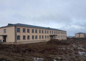 Zakir Həsənov tikintisi yekunlaşmaq üzrə olan hərbi obyektlərə baxış keçirib