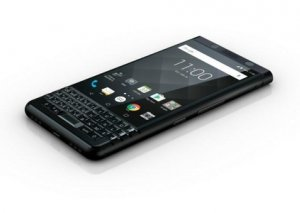 """""""BlackBerry"""" smartfonlarının satışları dayandırılır"""