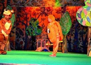 Gənc Tamaşaçılar Teatrı azyaşlıları unutmur