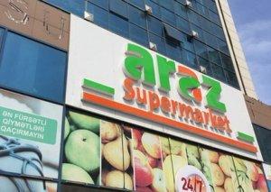 """""""Araz market""""in əməkdaşı iş başında bıçaqlandı"""