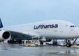 """Almaniya hökuməti """"Lufthansa""""ya 9 milyard avro verir"""