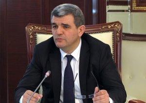 Milli Məclisin iclası başladı-Fazil Mustafa hərbi dərsləri bərpa etməyə çağırdı
