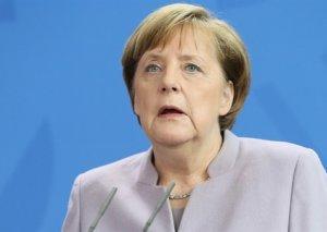 Tarixin ən ağır dövrü ilə üz-üzəyik - Merkel