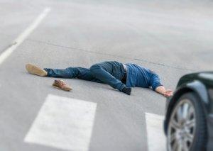 Abşeronda gənc qızı avtomobil vurdu