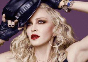 Rusiya Madonnanı 1 milyon cərimələyibmiş