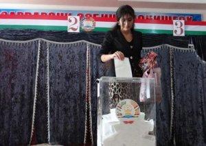 Tacikistanda prezident seçkilərinin vaxtı məlum olub