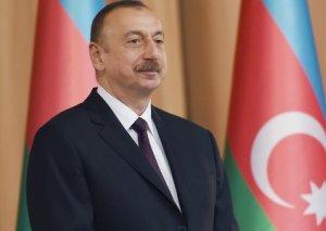"""İlham Əliyev: """"Şaxələndirmə proqramımız çox uğurla icra olunur"""""""