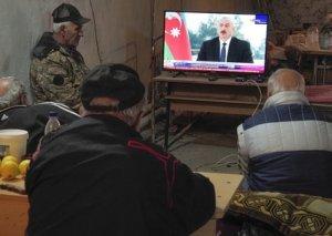 Xankəndidə ermənilər Azərbaycan Prezidentinin çıxışını izləyir FOTO