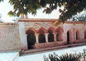 Pənahəli xanın dağıdılmış imarəti