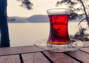 Çox çay içmək müəyyən xəstəliklərə səbəb olur