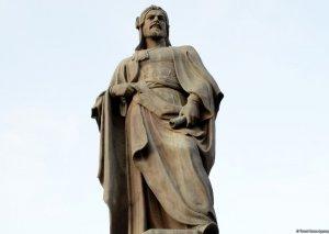 Bakıdakı Nizami Gəncəvi heykəlinin yaradılmasının tarixçəsi -
