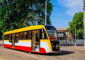 Bakıya tramvaylar gəlir -