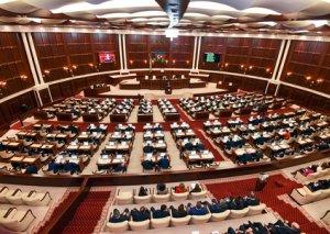 Deputatlar bu gün Milli Məclisdə 11 məsələyə görə toplanır - SİYAHI