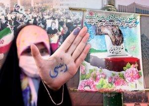 İranda prezident seçkiləri başlayıb
