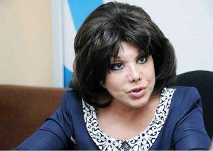 """Flora Kərimova: """"Biri 5 yaşlı uşağın dilini kəsir, digəri pişiyin ayağını..."""""""