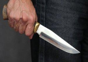 Kürdəmir sakini həmkəndlisi tərəfindən bıçaqlanıb