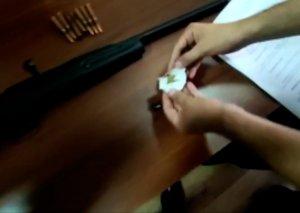 Narkotik vasitələrin təbliği və qanunsuz dövriyyəsi ilə məşğul olan şəxslər saxlanılıb (FOTO/VİDEO)