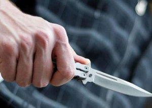 Hacıqabul sakini bıçaqlanıb
