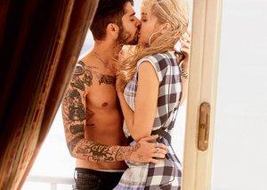 """""""Vogue"""" üçün öpüşdülər..."""