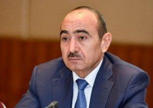 TASS Əli Həsənovdan 18 yaşlı prezident haqda soruşub