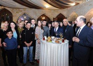Leyla Əliyeva azərbaycanlı kulinarın Bakıdakı kitab təqdimatında iştirak edib