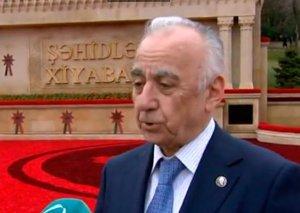 """Abutalıbov: """"Nə olardı ki, yağış yağanda jurnalistlər arxı açardı..."""""""