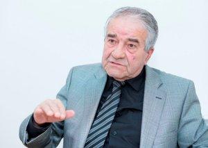 """""""Nobel mükafatı Azərbaycan ədəbiyyatına layiq deyil"""""""