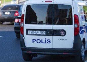 Bakıda polisə hücum: